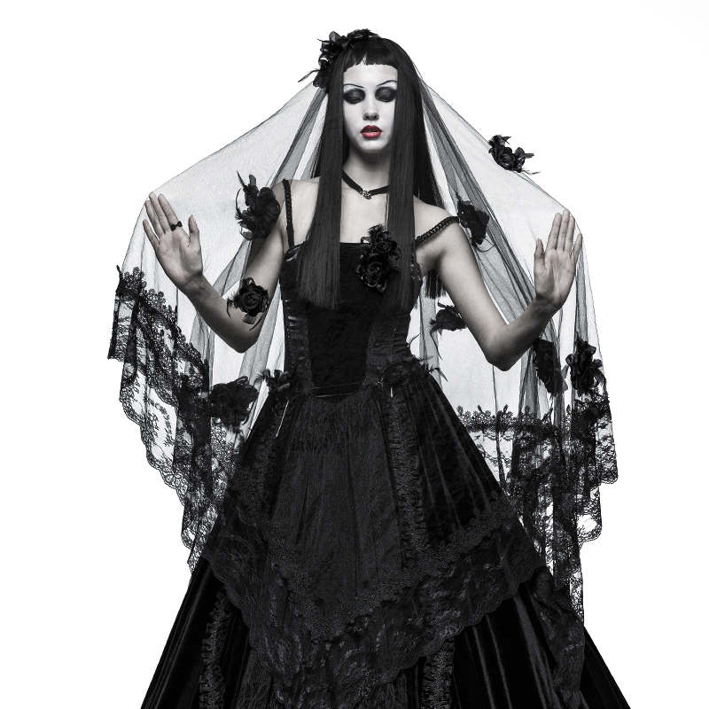 Gorgeous Black Rose Gothic Lace Veil
