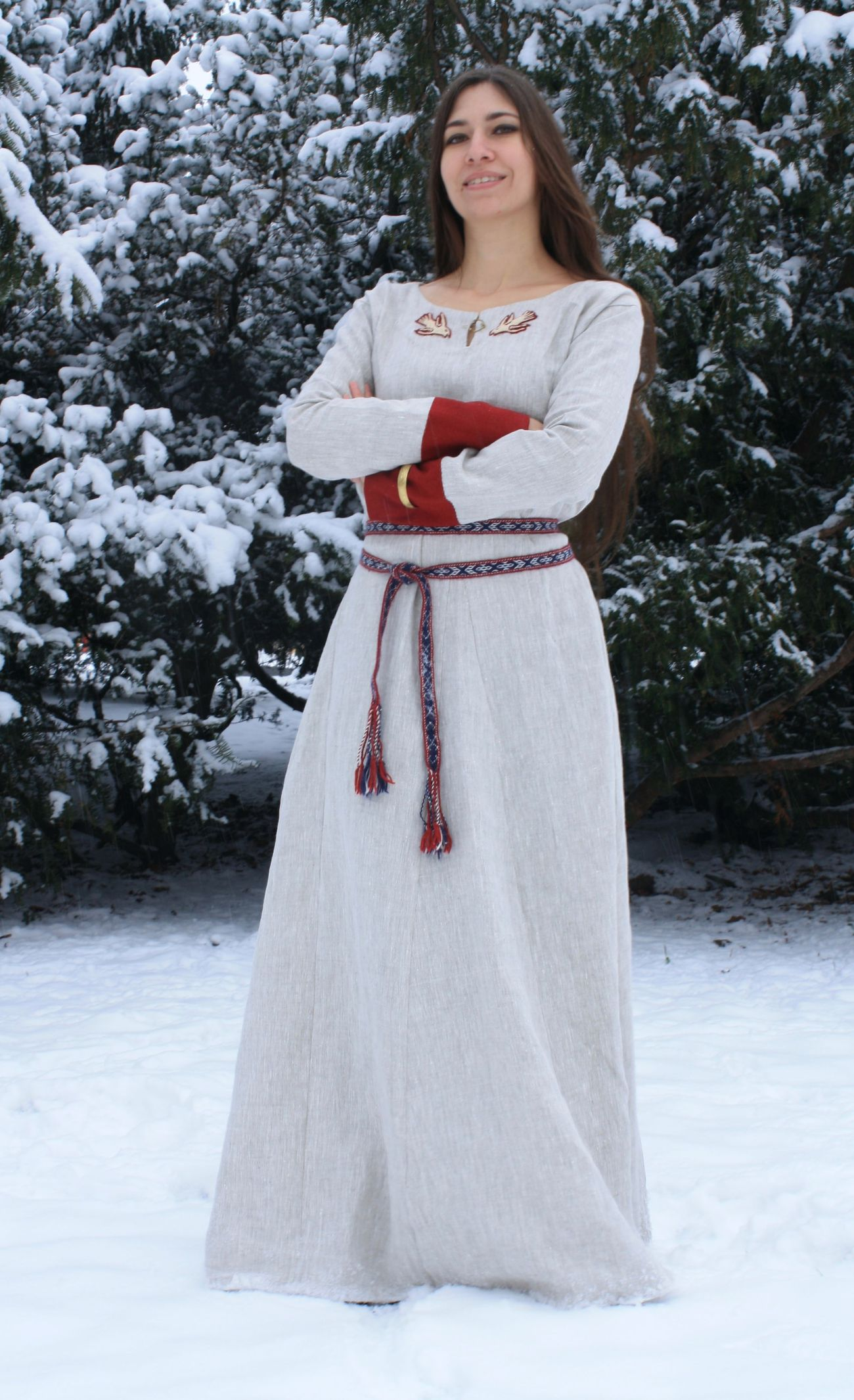 EARLY MEDIEVAL VIKING DRESS